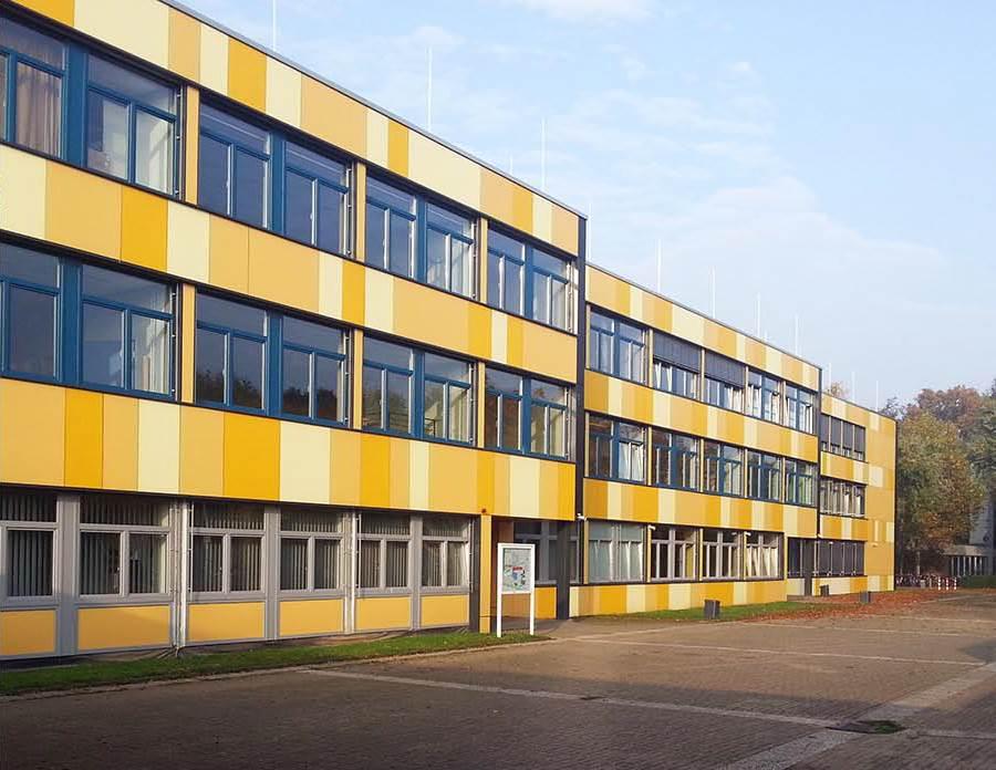 Gymnasium Voerde Bild